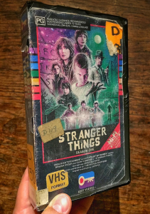 2016-07-27 12_46_34-Artist creates awesome VHS boxes for Stranger Things, Rogue One, and other genre